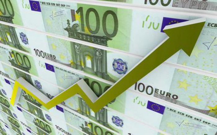 Αστρονομικές προβλέψεις το ΔΝΤ: Πώς το μνημόνιο «εκτοξεύει» την ελληνική οικονομία το 2015