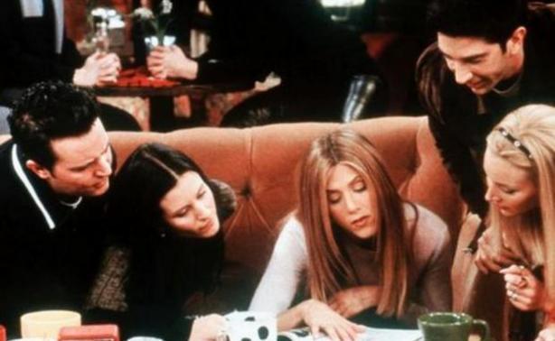 """Γιατί τα """"Φιλαράκια"""" κάθονταν πάντα στο ίδιο τραπέζι; Είχατε αναρωτηθεί ποτέ;"""