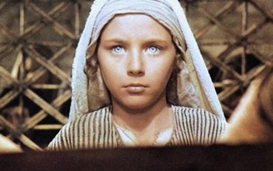 Αγνώριστος! Δείτε πως είναι σήμερα το γαλανομάτικο αγόρι του «Ο Ιησούς Από Την Ναζαρέτ»