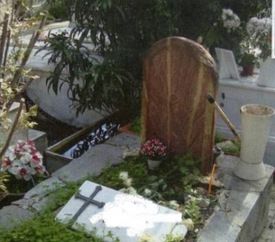 Η στιγμή που ένα 3χρονο κοριτσάκι ξυπνά από κώμα την ώρα της κηδείας του!
