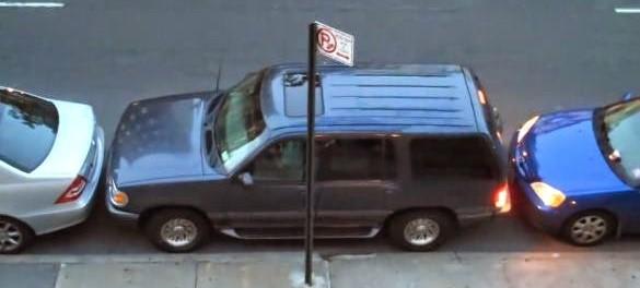Τον είχαν στριμώξει στο Parking και δεν μπορούσε να βγει μέχρι που έκανε το απίστευτο!