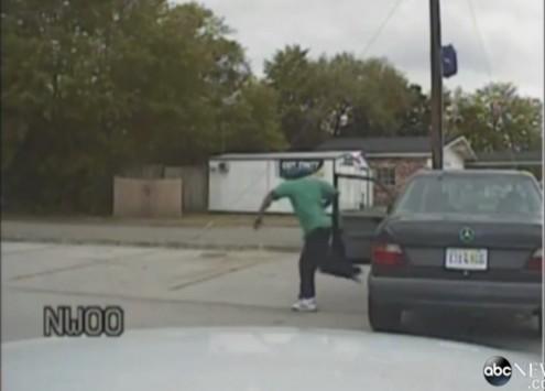 Τον σκότωσε εν ψυχρώ για ένα σπασμένο φανάρι - Τα ψέματα του αστυνομικού - Νέο βίντεο!