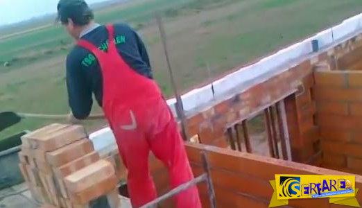 Απίστευτοι Πολωνοί χτίστες - Δείτε πως μεταφέρουν τη λάσπη!