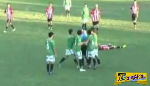 Βίντεο ΣΟΚ! Διαιτητής δείχνει σε ποδοσφαιριστή κίτρινη κάρτα! Δεν φαντάζεστε όμως τι ακολούθησε...