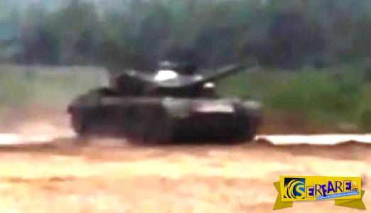 Απίστευτο βίντεο με άρμα μάχης: Δείτε τι έγινε όταν πάτησε ΤΕΡΜΑ το γκάζι!