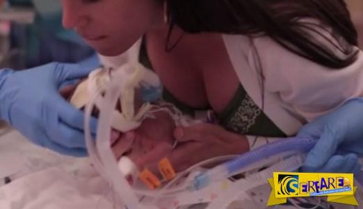 Συγκλονιστικό! Μωρό γεννήθηκε πρόωρα και ο πατέρας του κατέγραψε σε κάμερα το θαύμα της ζωής!