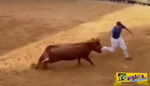 Ένας νεκρός σε ταυρομαχία στην Ισπανία με φρικτό τρόπο - Δείτε τη μοιραία στιγμή του άτυχου άντρα ...