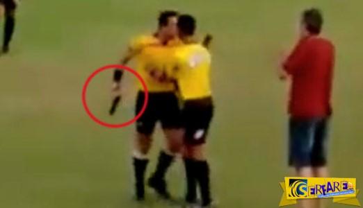"""Βραζιλιάνος διαιτητής βγάζει όπλο σε παίχτη που τον """"κλώτσησε""""."""