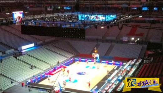 Eurobasket: Δείτε πως ένα γήπεδο ποδοσφαίρου μετατρέπεται σε…γήπεδο μπάσκετ!