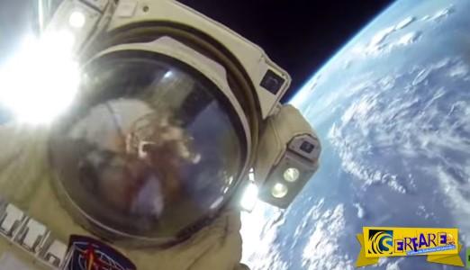 Μοναδικό: Δείτε δύο Ρώσους κοσμοναύτες να κάνουν βόλτα στο διάστημα