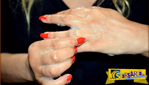 Πως να βγάλετε δαχτυλίδι ή βέρα που κόλλησε στο δάχτυλο σας