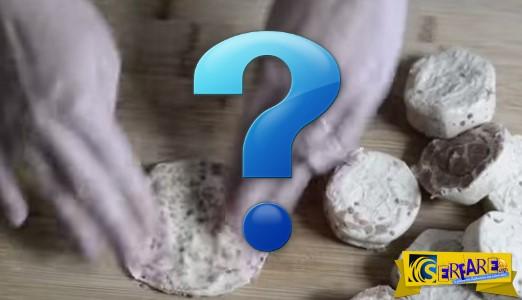Πιέζει ένα κατεψυγμένο ψωμάκι μέχρι να γίνει επίπεδο… Το αποτέλεσμα; Απλά τέλειο...