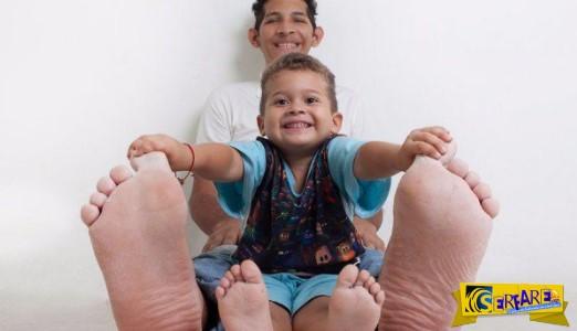 Το αγόρι με τα μεγαλύτερα πόδια του κόσμου! Φτάνουν σχεδόν τα 40 εκατοστά ...