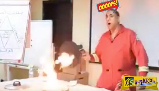 Έτσι σβήνουν την φωτιά στο τηγάνι