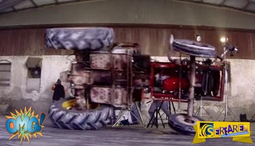Τρελό βίντεο: Και το... τρακτέρ στα κάγκελα!