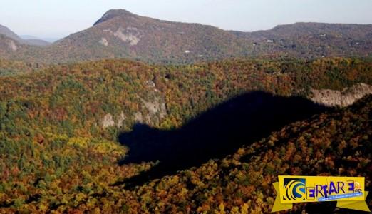 Απίθανο φαινόμενο: σε αυτή την οροσειρά κάθε μέρα στις 17.30, εμφανίζεται η σκιά μιας τεράστιας αρκούδας!