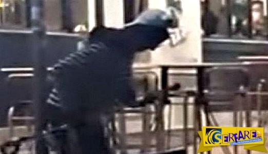 Πάτρα: Χαμός στο facebook με τον ανάπηρο που άρχισε να χορεύει – Δείτε το βίντεο!