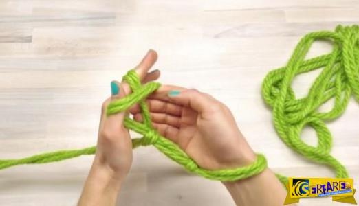 Αγόρασε μερικά νήματα και ξεκίνησε να τα πλέκει γύρω από τα χέρια της - Αυτό που έφτιαξε ήταν φανταστικό