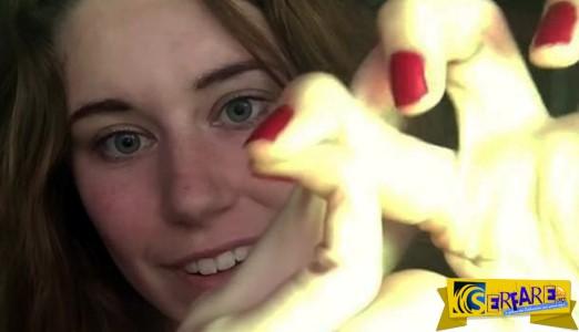 Η κοπέλα που κάνει τα δάχτυλά της... λάστιχο και τρελαίνει το YouTube!