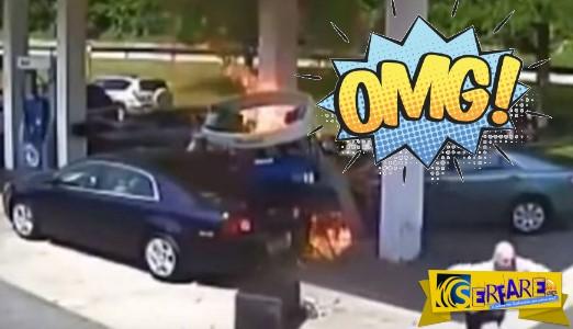 Οδηγός αυτοκινήτου πέφτει πάνω σε αντλία βενζινάδικου και σπέρνει τον τρόμο!