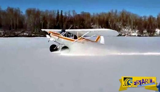 Αεροπλάνο προσγειώνεται και κάνει μπαντιλίκια σαν αυτοκίνητο στο χιόνι!
