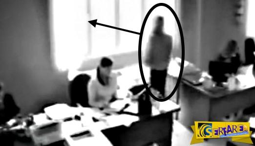 Πήδηξε από το παράθυρο γιατί της έκανε παρατήρηση το αφεντικό της!