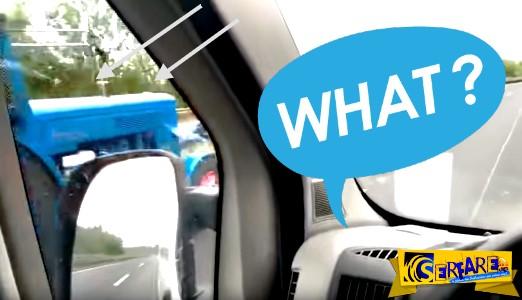 Το είδαμε και αυτό! Ένα τρακτέρ προσπερνάει αυτοκίνητο στον αυτοκινητόδρομο Autobahn ...