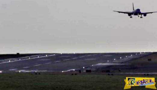 Πιλότος με γερά νεύρα προσγειώνει αεροπλάνο μέσα στην καταιγίδα!