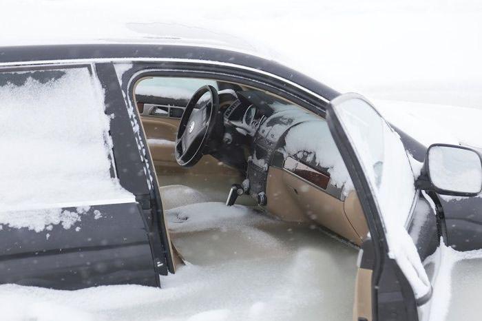 frozen_car_04