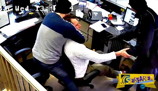 Σοκαριστικό: Μπήκαν στο γραφείο του, τον έπνιξαν για να του πάρουν... το ρολόι...