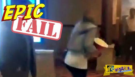 Όποιος βιάζεται σκοντάφτει! Επική τούμπα σε σινεμά