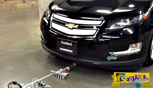 Ρομποτικά μυρμηγκάκια ρυμουλκούν αυτοκίνητο βάρους 2 τόνων