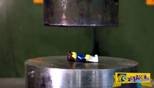 Θυμάστε τα Lego που παίζατε παιδιά - Δείτε το βίντεο που έχει αγγίξει το 1 εκατ. views μέσα σε λίγες ώρες!