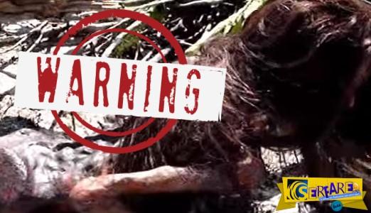 Νεκρή γοργόνα καταγράφεται από θαλάσσιο βιολόγο! Πανικός στο youtube με το βίντεο...