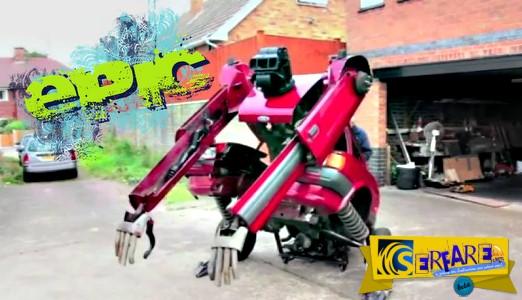 Εργαζόμενοι σε εργοτάξιο της Κίνας τσακώνονται με τα μηχανήματά τους σαν Transformers!