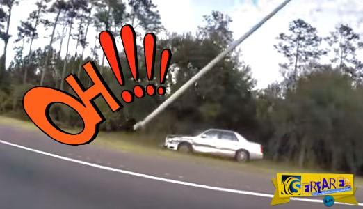 Όλοι νόμιζαν ότι ήταν μεθυσμένος, αλλά έκαναν λάθος - Δείτε την τρελή πορεία αυτού του αυτοκινήτου που ξήλωσε μια κολώνα!