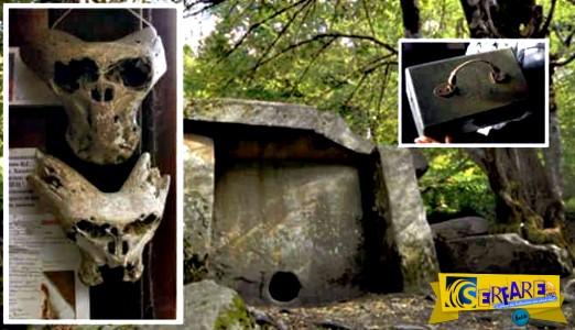 Βρέθηκαν δύο «εξωγήινα κρανία» σε χαρτοφύλακα με το έμβλημα των SS Ανενέρμπε!