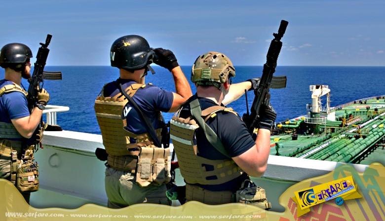 Μάχη πυρών μεταξύ Σομαλών πειρατών και σεκιούριτι πλοίου!
