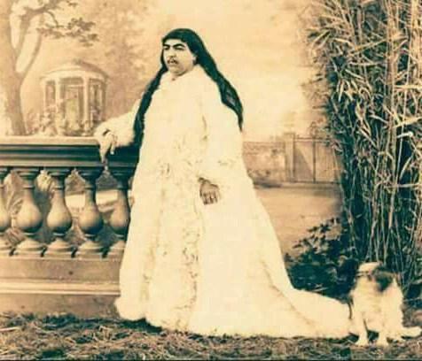 Η Ιρανή πριγκίπισσα που διεκδίκησαν 150 άντρες με 13 να αυτοκτονούν επειδή τους απέρριψε!