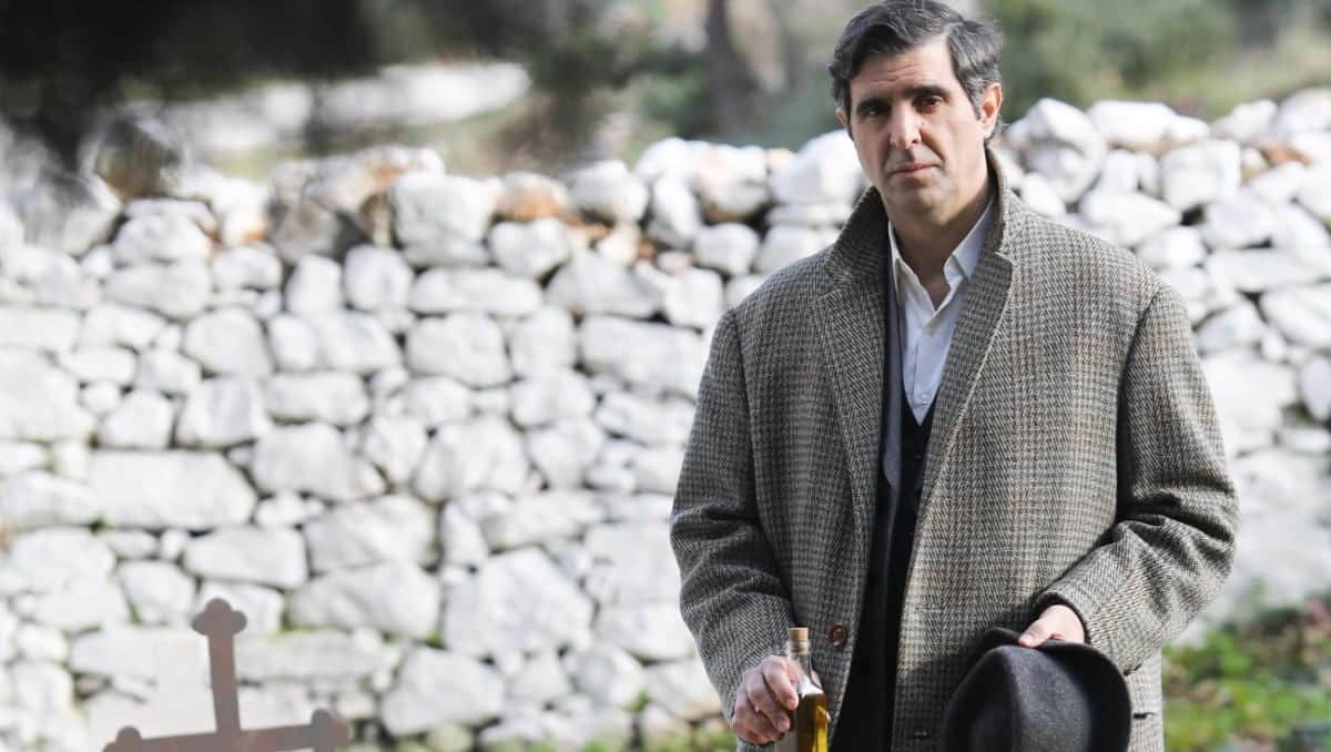 Άγριες μέλισσες spoiler: Ο Μιλτιάδης γνωρίζει ποιος σκότωσε τη μητέρα της Ελένης