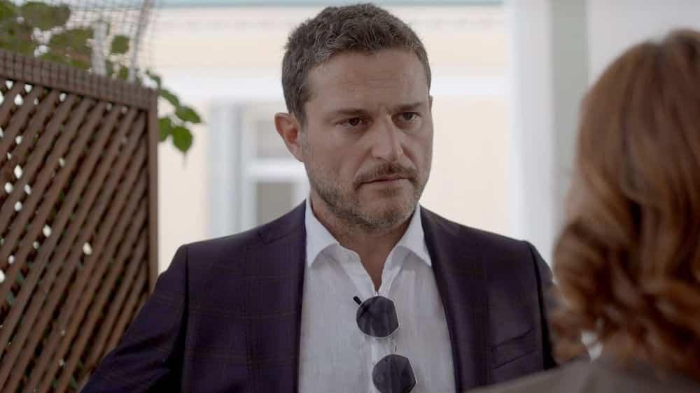 Ήλιος Φίλιππος: Προσπαθεί να σώσει την εταιρεία του